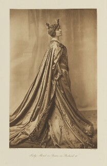 Violet Florence Mabel Mond (née Goetze), Lady Melchett as the Queen in 'Richard II', by Collings, published by  Hudson & Kearns Ltd, 20 June 1911, published 1912 - NPG  - © National Portrait Gallery, London