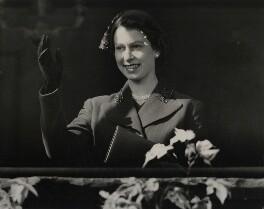 Queen Elizabeth II, by R. Palmer, for  International News Photos - NPG x136394