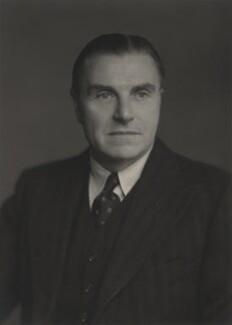 Sir Laurence Barton Grafftey-Smith, by Walter Stoneman - NPG x167911