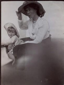 Julian Heward Bell; Vanessa Bell (née Stephen), by Unknown photographer, 1910 - NPG x136462 - © National Portrait Gallery, London