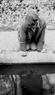 Julian Heward Bell, by Lettice Cautley Ramsey (née Baker) - NPG x136469