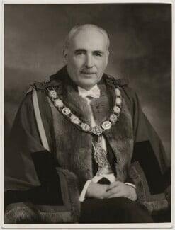 Laurence Sydney Yoxall, by Hay Wrightson Ltd - NPG x181575