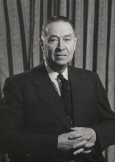 Leonard Arthur Hawes, by Walter Stoneman - NPG x168205