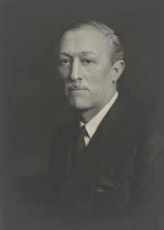 Sir William Edgar Hunt, by Walter Stoneman - NPG x168493