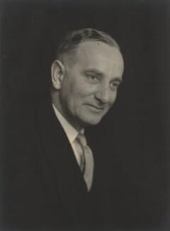 Sir Alfred William Lungley Savage, by Walter Stoneman - NPG x185137