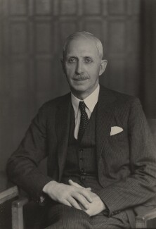 Sir Alan Rae Smith, by Walter Stoneman - NPG x185333