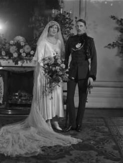 Rhona Felicia des Graz (née Lloyd Mostyn); Edward Percy Aymer Des Graz, by Lafayette (Lafayette Ltd), 28 October 1929 - NPG x184629 - © National Portrait Gallery, London
