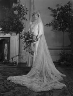 Rhona Felicia des Graz (née Lloyd Mostyn), by Lafayette - NPG x184630