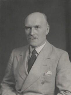 Sir William Porter MacArthur, by Walter Stoneman - NPG x186318