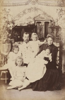 Nicholas II, Emperor of Russia with his family, by L. Levitsky, 16 August 1901 - NPG P1700(67c) - © National Portrait Gallery, London