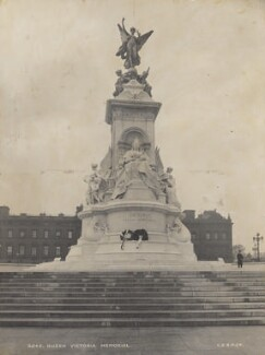The Victoria Memorial by Sir Thomas Brock, by London Stereoscopic & Photographic Company - NPG P1700(93)