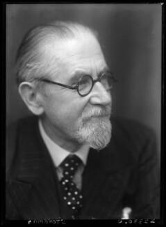 Walter Stoneman, by Walter Stoneman - NPG x187976
