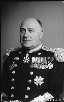 Sir Edward Wilfrid Harry Travis, by Walter Stoneman - NPG x188408