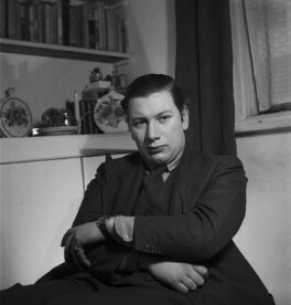 Peter Ustinov, by Francis Goodman - NPG x39549