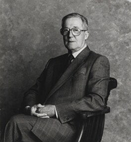 Sir Hardy Amies, by Lord Snowdon - NPG P1844
