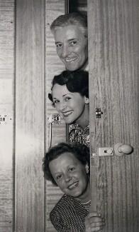 Edna Best; Benita Hume; Ronald Charles Colman, by P.A. Reuter Photos Ltd - NPG x184216