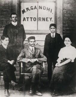 Henry Salomon Polak; Mahatma Gandhi; Miss Schlesin, by Keystone Press Agency Ltd, 1948 (1900s) - NPG x137615 - © Keystone Press Agency Ltd