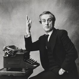 Harold Matthew Evans, by Lord Snowdon - NPG P1872