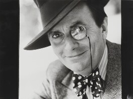 Barry Humphries, by Lord Snowdon - NPG P1886