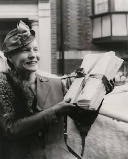 Edith Summerskill, Baroness Summerskill, by Keystone Press Agency Ltd - NPG x137623