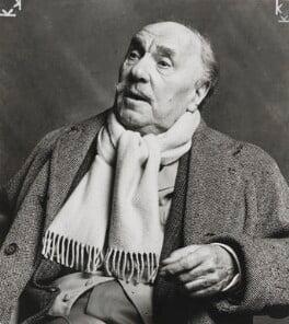 Sir Ralph Richardson, by Lord Snowdon - NPG P1912