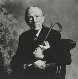 Sir Sacheverell Sitwell, 6th Bt, by Lord Snowdon - NPG P1923