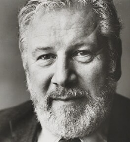 Peter Ustinov, by Lord Snowdon - NPG P1932