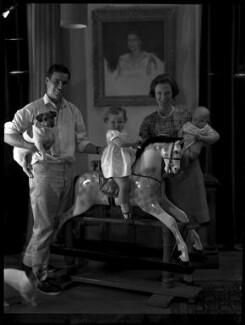 Paul Munro Gunn and family, by Paul Laib - NPG x137741