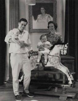 Paul Munro Gunn and family, by Paul Laib - NPG x137747