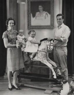 Paul Munro Gunn and family, by Paul Laib - NPG x137748