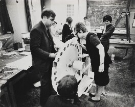 Roy Ascott with students at Ealing Art School, by Lord Snowdon - NPG P1966