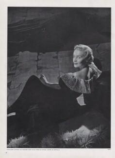 Madeleine Carroll, by Horst P. Horst - NPG x137953