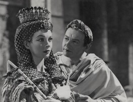 Vivien Leigh as Cleopatra and Claude Rains as Julius Caesar in 'Caesar and Cleopatra', by Wilfrid Newton - NPG x137980