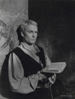 Laurence Olivier as Hamlet in 'Hamlet', by Unknown photographer - NPG x137992