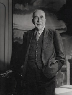 Frank Arthur Swinnerton, by Howard Coster - NPG x184335