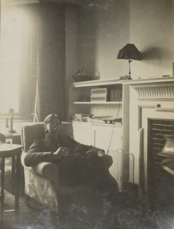 Oliver Strachey, by Unknown photographer - NPG Ax160811