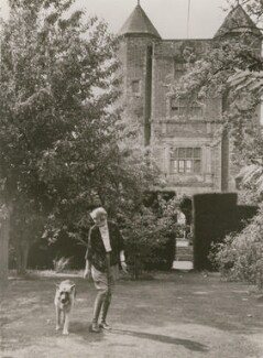 Vita Sackville-West, by Kurt Hutton (Kurt Hubschman) - NPG x194025