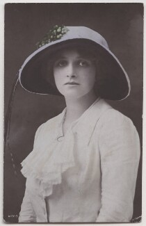 Dame Gladys Cooper, by Bassano Ltd, published by  Rotary Photographic Co Ltd - NPG x193698