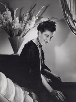 Eileen Herlie, by Houston Rogers - NPG x194102