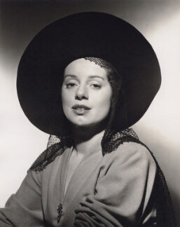Elsa Lanchester, by Clarence Sinclair Bull - NPG x194121