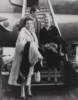 Jean Simmons; Edmund Purdom; Joan Greenwood, by Jimmy Wilds, for  Keystone Press Agency Ltd - NPG x194186