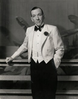 Sir Noël Coward, by Vandamm Studio - NPG x194249
