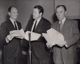 John Gielgud; Orson Welles; Sir Ralph Richardson, by Central Press - NPG x194272