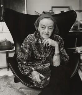 Barbara Hepworth, by Mayotte Magnus - NPG x138817