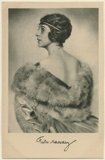 Fritzi Massary, by Karl Schenker, printed by  Ross-Verlag, published by  W.J. Mörlins - NPG x138952