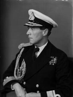 Frederick George Hunt, by Walter Stoneman - NPG x190230