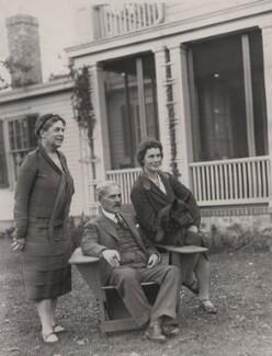 Lillian Ward; Ramsay MacDonald; Ishbel Allan Peterkin (née MacDonald, later Ridgley), by P & A Photos - NPG x139625