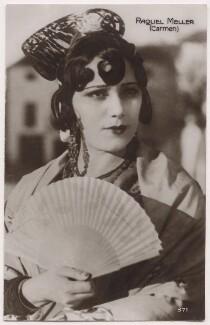 Raquel Meller as Carmen, printed and published by Cinemagazine Editions, Paris - NPG x139671
