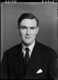 John Edward Poynder Grigg, 2nd Baron Altrincham, by Walter Stoneman - NPG x190369