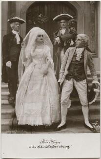 Pola Negri in 'Madame Du Barry', published by Ross-Verlag - NPG x139719